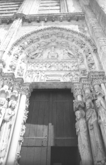 Chartres West porch, right portal || Source - Jeff Drouin, 6 July 2004