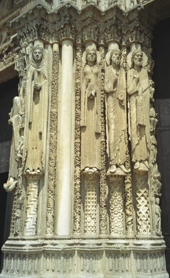Chartres statues, West porch, central portal, left jamb || Source - Jeff Drouin, 6 July 2004
