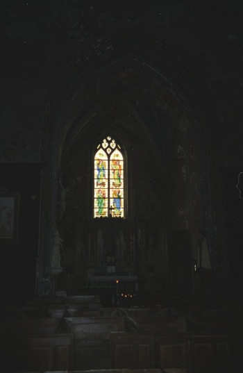 Chapel of Église St.-Jacques, Illiers-Combray || Source - Jeff Drouin, 7 July 2004