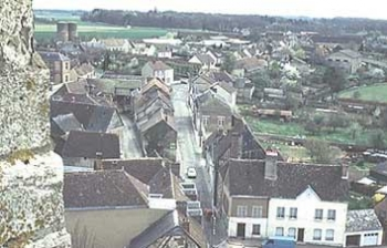 View of the Rue du Chêne Doré from the belfry of Église St.-Jacques, Illiers-Combray, by Dominique Ferré || Source - http://perso.wanadoo.fr/illiers-combray/