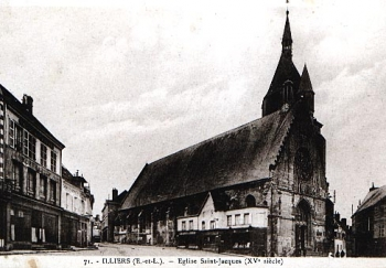 Église St.-Jacques and market, Illiers-Combray || Source - http://www.marcel-proust-gesellschaft.de/cpa/illiers-pics.html